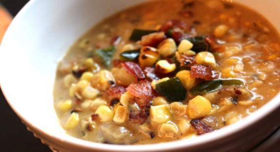 corn chowder close-h